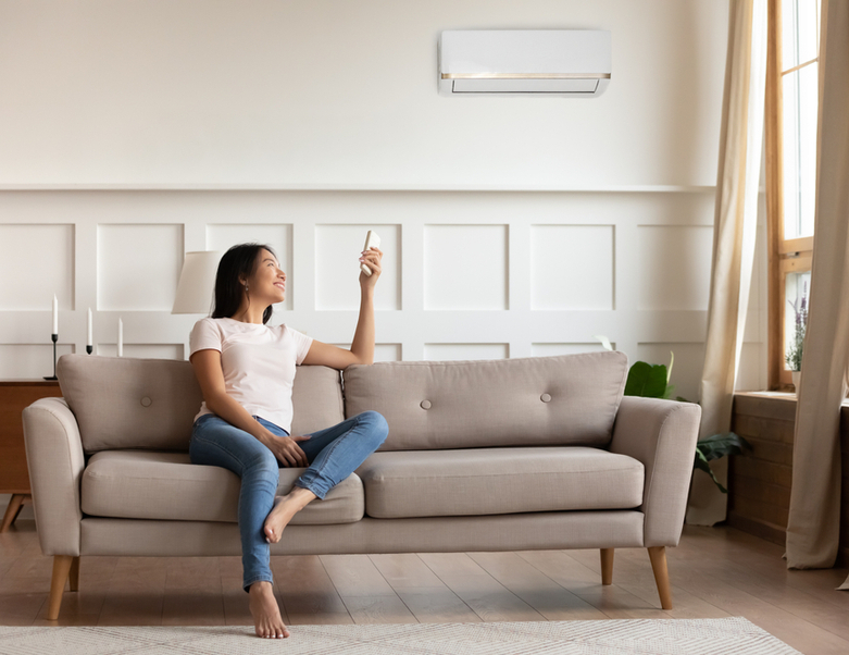 Residential wall air conditioner